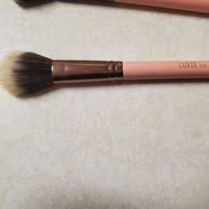 Luxie duo fibre brush 516